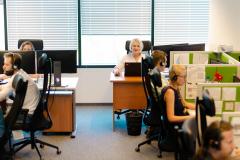 Creamfinance stwarza komfortowe warunki do pracy na słuchawce.